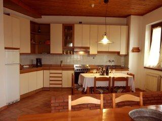4 bedroom Villa in Puliciano, Tuscany, Italy : ref 5537305