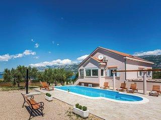 5 bedroom Villa in Rovanjska, Zadarska Županija, Croatia : ref 5537251