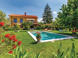 6 bedroom Villa in Marčana, Istria, Croatia : ref 5537169