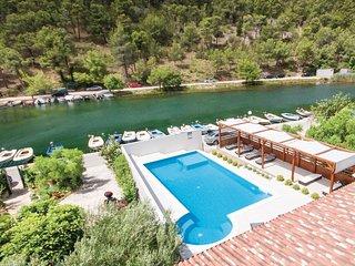 4 bedroom Villa in Skradin, Sibensko-Kninska Zupanija, Croatia : ref 5537074