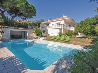 4 bedroom Villa in Golfe-Juan, Provence-Alpes-Cote d'Azur, France : ref 5536543