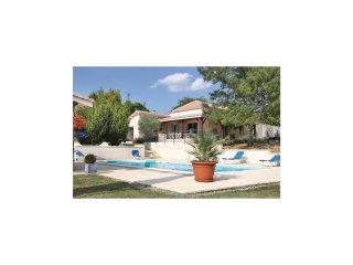 4 bedroom Villa in Saint-Aubin-de-Cadelech, Nouvelle-Aquitaine, France : ref 553