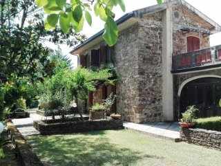 5 bedroom Villa in Terrone, Campania, Italy : ref 5536500