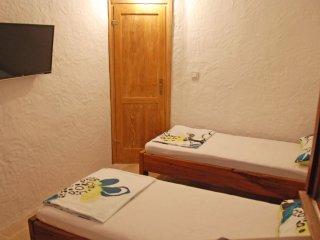 3 bedroom Villa in Povlja, Splitsko-Dalmatinska Županija, Croatia : ref 5536484