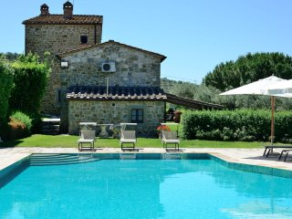 5 bedroom Villa in Fonte Sant'Angelo, Umbria, Italy : ref 5536437