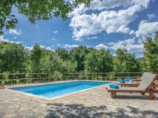 3 bedroom Villa in Karoglani, Splitsko-Dalmatinska Županija, Croatia : ref 55363