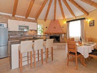 2 bedroom Villa in Postira, Splitsko-Dalmatinska A1/2upanija, Croatia : ref 553612