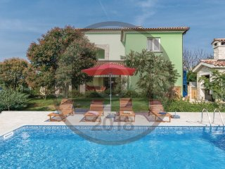 6 bedroom Villa in Galizana, Istria, Croatia : ref 5536119