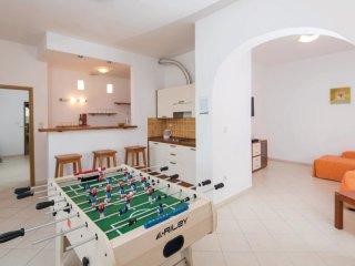 9 bedroom Villa in Kučište, Dubrovačko-Neretvanska Županija, Croatia : ref 55360
