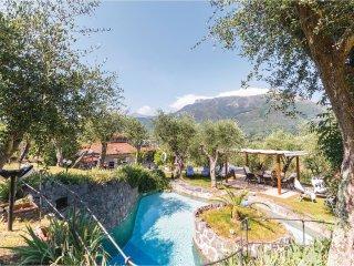 4 bedroom Villa in Luciano, Tuscany, Italy : ref 5535977