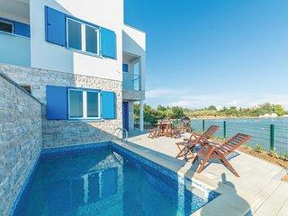 4 bedroom Villa in Glavan, Zadarska Zupanija, Croatia : ref 5535971