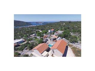 4 bedroom Villa in Podglavica, Sibensko-Kninska Zupanija, Croatia : ref 5535965