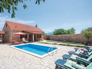 3 bedroom Villa in Mratovo, Sibensko-Kninska Zupanija, Croatia : ref 5535872
