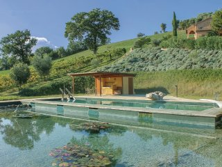 3 bedroom Villa in Ostra Vetere, The Marches, Italy : ref 5535863