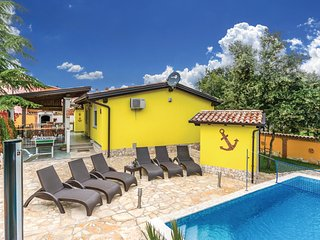 2 bedroom Villa in Barbariga, Istria, Croatia : ref 5535850