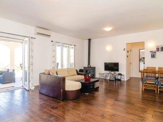 3 bedroom Villa in Kostići, , Montenegro : ref 5535787