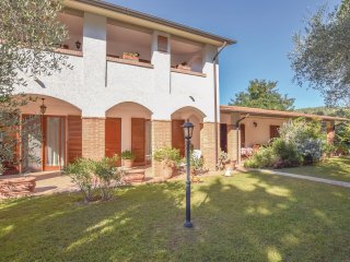 4 bedroom Villa in Bagno Roselle, Tuscany, Italy : ref 5535697