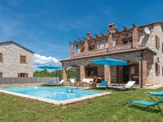 4 bedroom Villa in Čabrunići, Istria, Croatia : ref 5535672