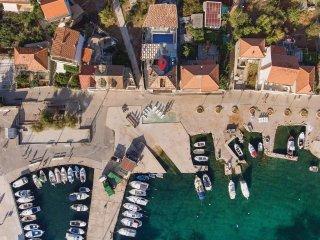 9 bedroom Villa in Kaprije, Sibensko-Kninska Zupanija, Croatia : ref 5535665
