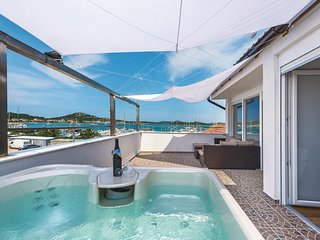 4 bedroom Villa in Murter, Sibensko-Kninska Zupanija, Croatia : ref 5535596