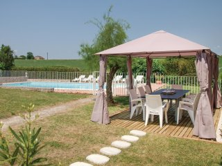 4 bedroom Villa in Beauville, Nouvelle-Aquitaine, France : ref 5535395