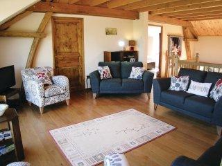 8 bedroom Villa in Saint-Dizier-Leyrenne, Nouvelle-Aquitaine, France : ref