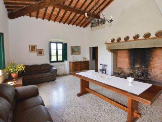 5 bedroom Villa in Tregozzano, Tuscany, Italy : ref 5534362