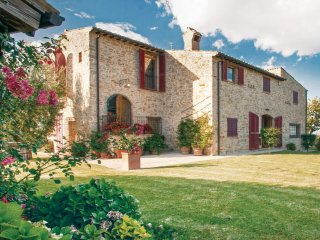 4 bedroom Villa in Capradosso, The Marches, Italy : ref 5534357