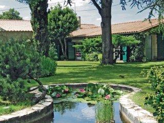 3 bedroom Villa in Pugnac, Nouvelle-Aquitaine, France : ref 5534342