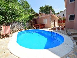 4 bedroom Villa in Kutlesa, Splitsko-Dalmatinska Zupanija, Croatia : ref 5533534