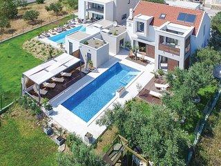6 bedroom Villa in Kaštel Gomilica, Croatia - 5533159