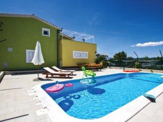 4 bedroom Villa in Bajići, Splitsko-Dalmatinska Županija, Croatia : ref 5533156