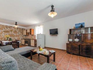 5 bedroom Villa in Tovrnele, Ličko-Senjska Županija, Croatia : ref 5533154