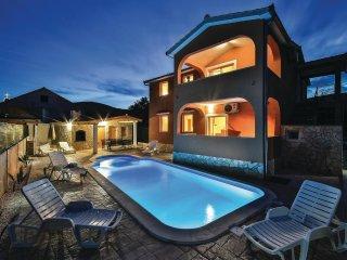 5 bedroom Villa in Plano, Splitsko-Dalmatinska Županija, Croatia : ref 5533130