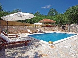 4 bedroom Villa in Šabići, Splitsko-Dalmatinska Županija, Croatia : ref 5533123