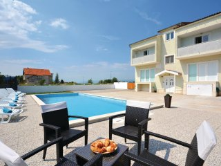 7 bedroom Villa in Gabricevic, Splitsko-Dalmatinska Zupanija, Croatia : ref 5533
