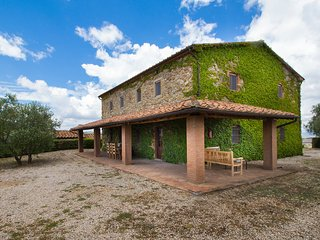 5 bedroom Villa in Case Bardi, Tuscany, Italy : ref 5533050