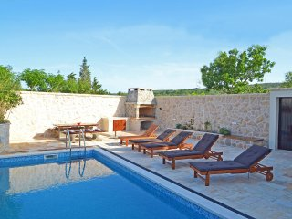 4 bedroom Villa in Pula, Zadarska Zupanija, Croatia : ref 5533038