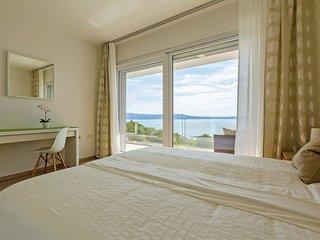 4 bedroom Villa in Klenovica, Primorsko-Goranska Županija, Croatia : ref 553302