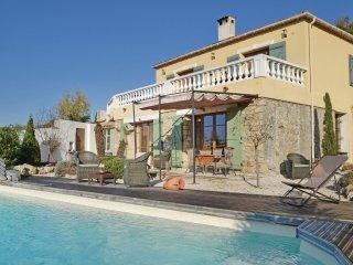 3 bedroom Villa in Mougins, Provence-Alpes-Côte d'Azur, France : ref 5532975