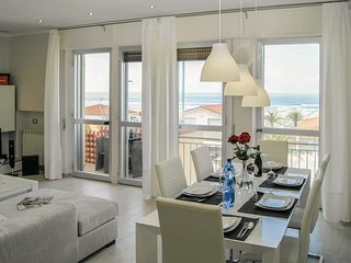 2 bedroom Apartment in Lido di Camaiore, Tuscany, Italy : ref 5532972