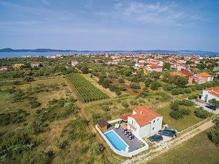 4 bedroom Villa in Goles Makarska, Zadarska Zupanija, Croatia : ref 5532847