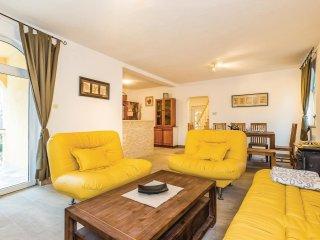 3 bedroom Villa in Barusic, Primorsko-Goranska Zupanija, Croatia : ref 5532734