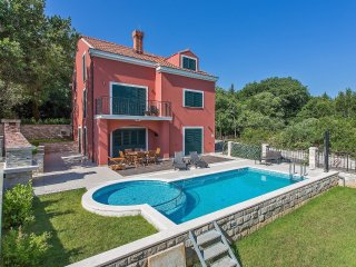 6 bedroom Apartment in Bacev Do, Dubrovacko-Neretvanska Zupanija, Croatia : ref
