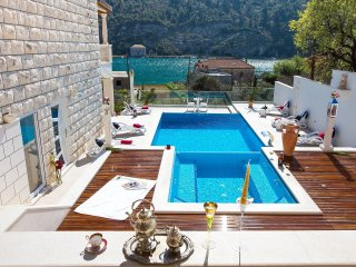 3 bedroom Apartment in Prijevor, Dubrovacko-Neretvanska Zupanija, Croatia : ref