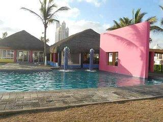 Hermosa Casa de Playa. +uno Seis uno nueve tres seis uno tres ocho cinco tres US