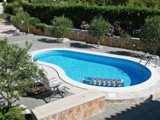 4 bedroom Villa in Selca, Splitsko-Dalmatinska Zupanija, Croatia : ref 5532646