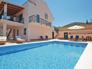 4 bedroom Villa in Kneza, Dubrovacko-Neretvanska Zupanija, Croatia : ref 5532567