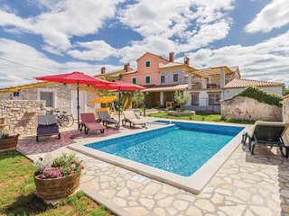 4 bedroom Villa in Mednjan, Istria, Croatia : ref 5532563