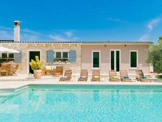 6 bedroom Villa in Loborika, Istria, Croatia : ref 5532512